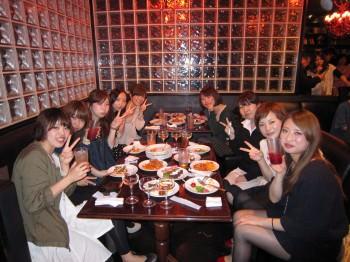女性陣テーブルも大盛り上がり